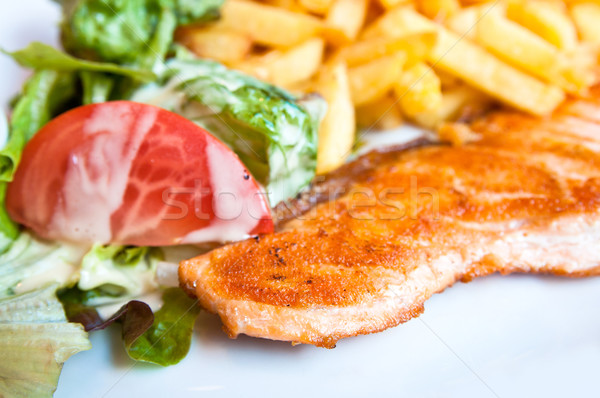 Grillés saumon citron cuisine française plat tomate Photo stock © ilolab