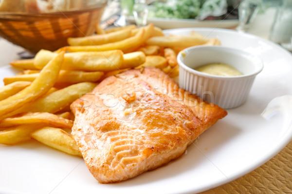 Saumon or frites françaises grillés poissons fruits Photo stock © ilolab