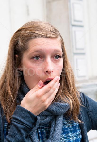 Stockfoto: Verwonderd · jonge · vrouw · portret · straten · vrouw · meisje