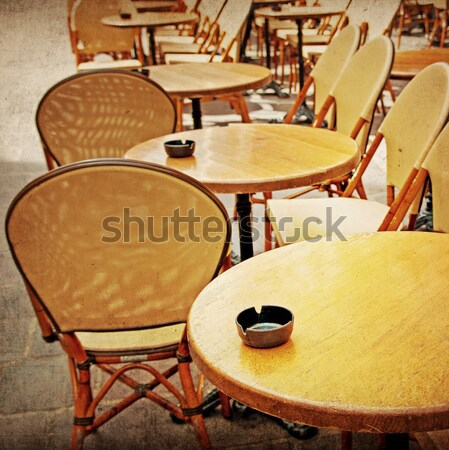 Café terrasse vue sur la rue fête restaurant table Photo stock © ilolab
