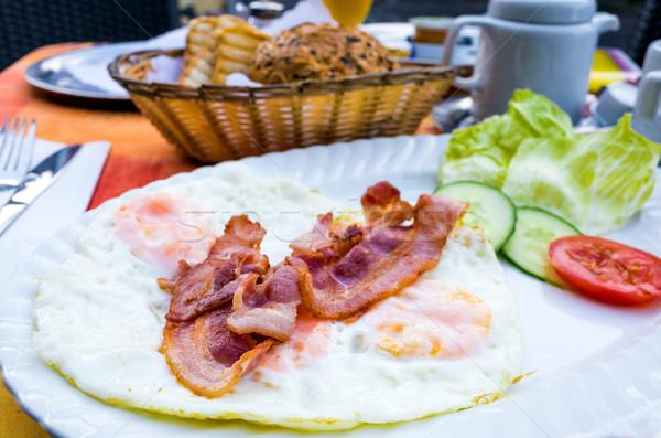 Preparado ovo bacon sol comida jantar Foto stock © ilolab