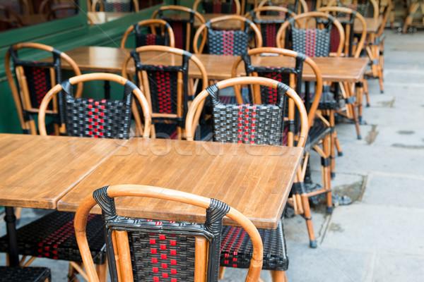 Hagyományos párizsi kávé üres terasz buli Stock fotó © ilolab
