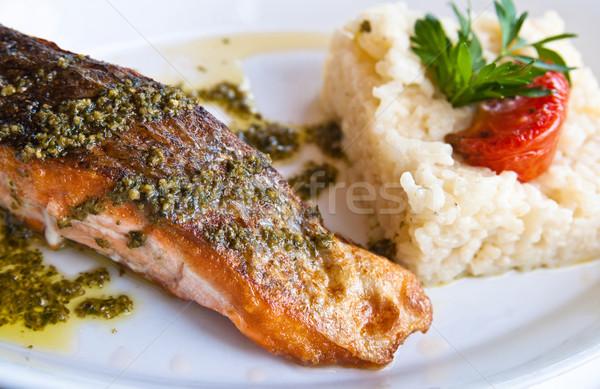 焼き 鮭 フランス料理 皿 トマト 食品 ストックフォト © ilolab