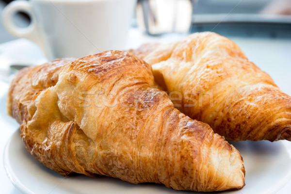 кофе круассаны завтрак корзины таблице пить Сток-фото © ilolab