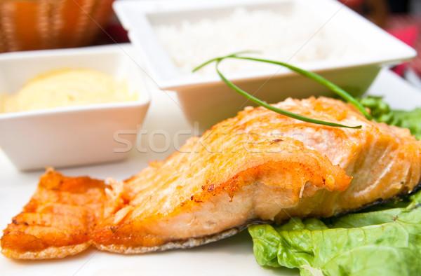 Grillés saumon cuisine française plat tomate poissons Photo stock © ilolab