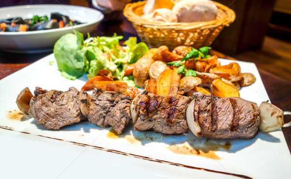 Savoureux or frites françaises déjeuner barbecue Photo stock © ilolab