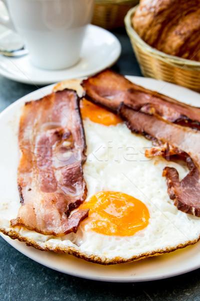 Preparado ovo presunto sol comida prato Foto stock © ilolab