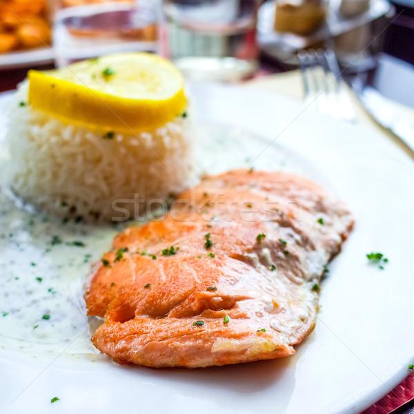 Photo stock: Grillés · saumon · citron · cuisine · française · plat · poissons