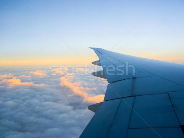 Ciel bleu aviation affaires ciel nuages Photo stock © ilolab