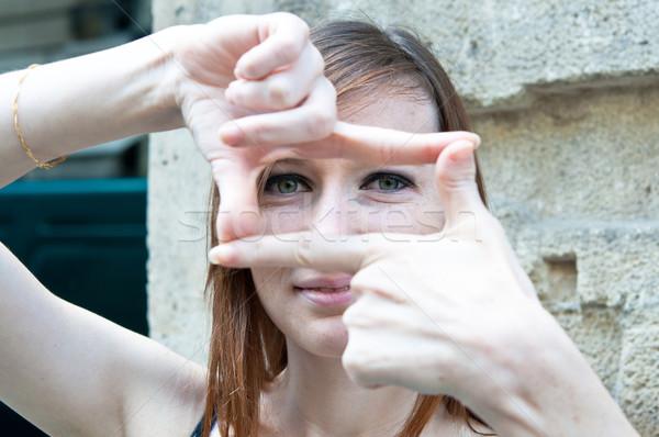Stockfoto: Jonge · vrouw · gericht · straten · Parijs · vrouw