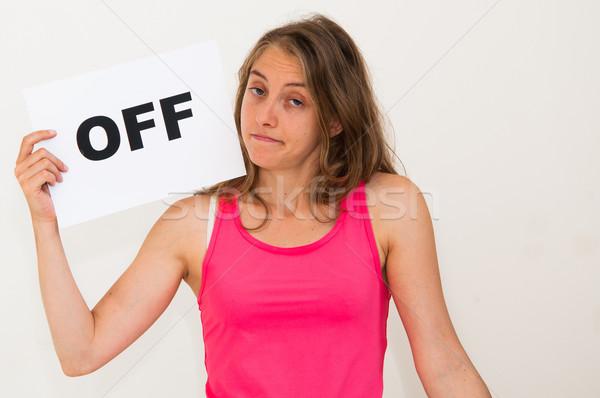 ストックフォト: 肖像 · 若い女性 · ボード · オフ · 紙 · 笑顔