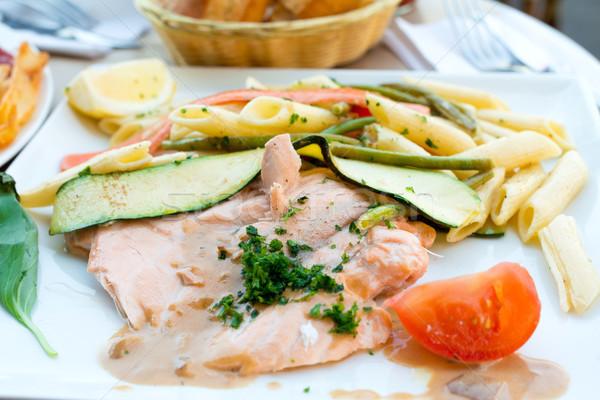 Tészta füstölz lazac közelkép tányér paradicsom hal Stock fotó © ilolab