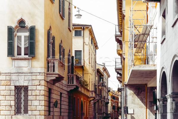 Belo vista para a rua verona centro mundo herança Foto stock © ilolab