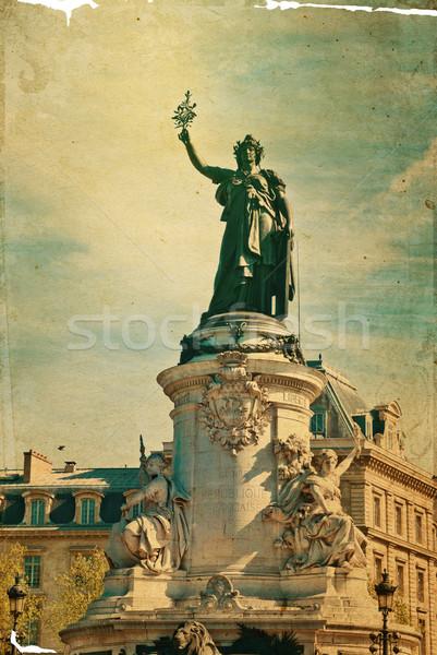 Lieu la célèbre statue république Paris Photo stock © ilolab