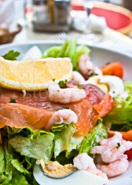 新鮮な 鮭 サラダ トマト 葉 油 ストックフォト © ilolab
