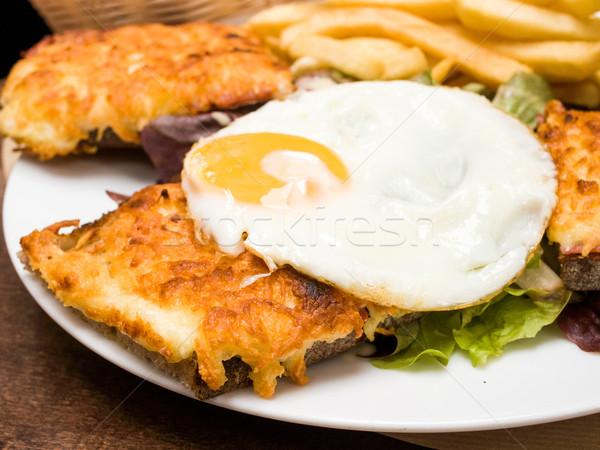 フランス語 焼いた サンドイッチ 伝統的な 食品 卵 ストックフォト © ilolab