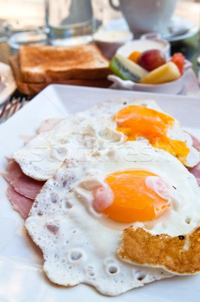 Preparato uovo isolato sole alimentare cena Foto d'archivio © ilolab