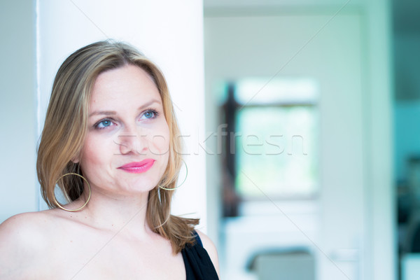 Jovem mulher atraente retrato belo sorridente sorrir Foto stock © ilolab