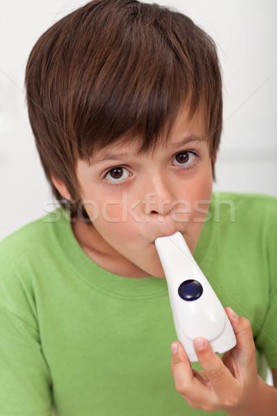 Ragazzo asma altro respiratoria faccia occhi Foto d'archivio © ilona75
