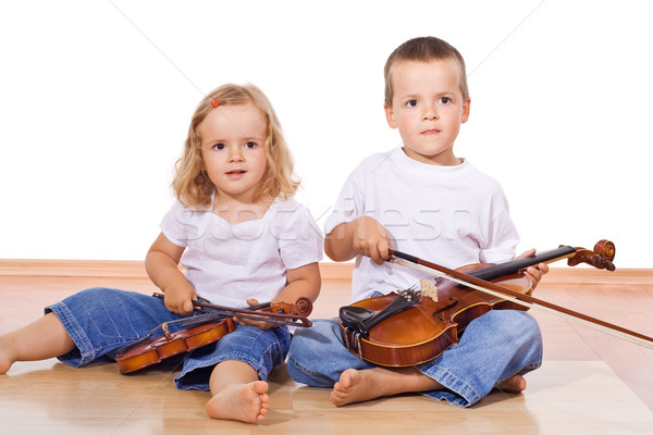 Weinig jongen meisje vergadering vloer muziek Stockfoto © ilona75