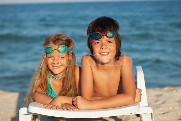 çocuklar şezlong yüzme gözlük Stok fotoğraf © ilona75