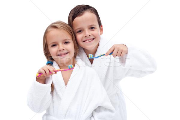 Crianças lavagem dentes feliz limpar Foto stock © ilona75