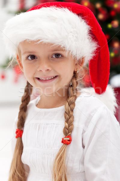 Foto stock: Niña · feliz · retrato · Navidad · tiempo · árbol · de · navidad · bebé
