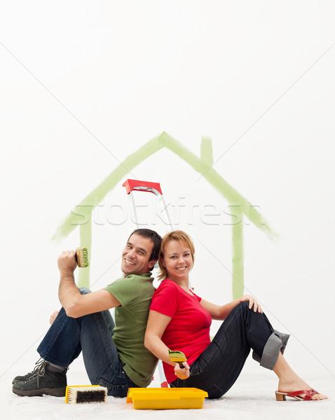Foto d'archivio: Nuova · casa · pittura · famiglia · amore