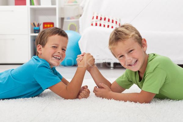 Boldog fiúk nevet szkander gyerekek fókusz Stock fotó © ilona75