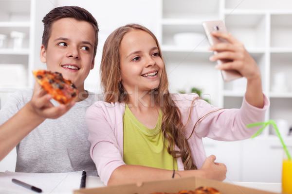 Photo stock: Jeunes · adolescent · garçon · fille · manger