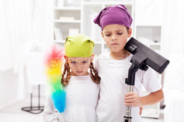 Ódio limpeza para cima chateado crianças quarto Foto stock © ilona75