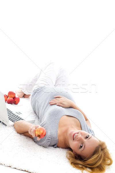 Terhes nő megnyugtató padló gyönyörű fektet elvesz Stock fotó © ilona75