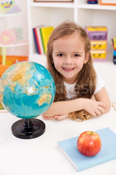 Boldog óvodás buzgó iskola kislány lány Stock fotó © ilona75