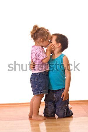 Foto d'archivio: Amore · bambina · bacio · fratello · tenero