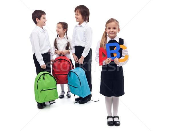 Stockfoto: Terug · naar · school · groep · kinderen · praten · meisje · glimlach