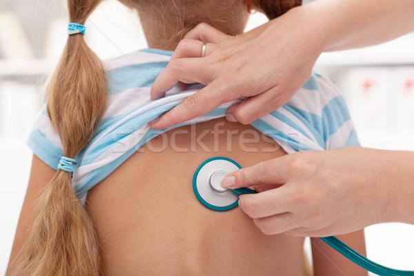Photo stock: Petite · fille · médecin · stéthoscope · poumon · fille · enfant