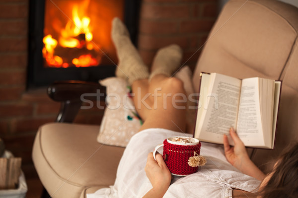 ストックフォト: 女性 · 図書 · ホットチョコレート · ドリンク