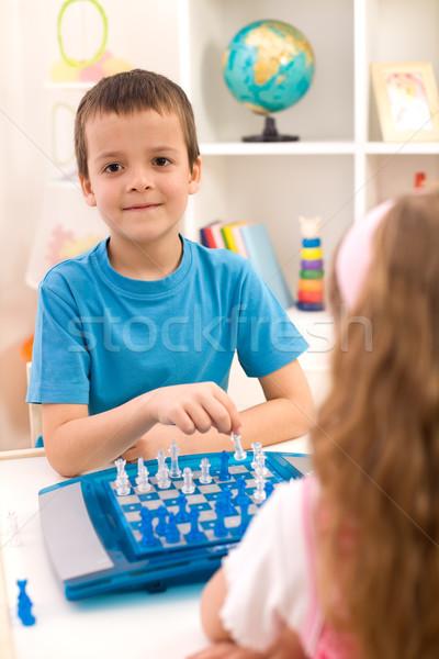 Foto stock: Bom · jogo · xadrez · crianças · brincando · sessão · tabela