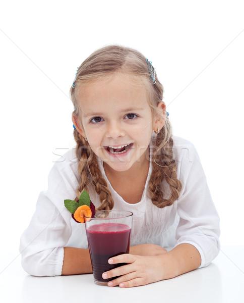 Zdrowych happy girl świeże burak śmiechem Zdjęcia stock © ilona75
