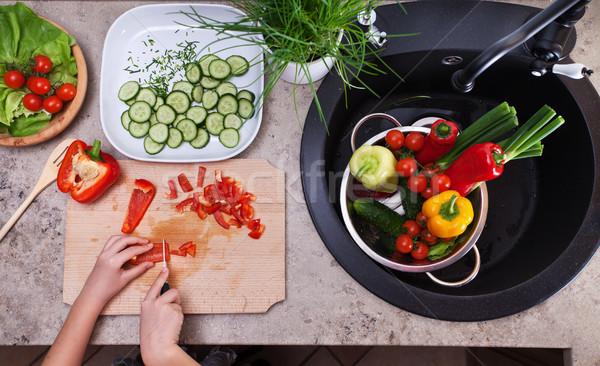 Red S Kitchen Sink Ingredients