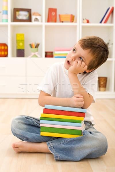 Vervelen kid school boeken vergadering Stockfoto © ilona75