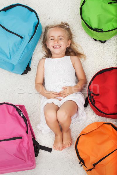 Mutlu kız renkli okul çanta Stok fotoğraf © ilona75