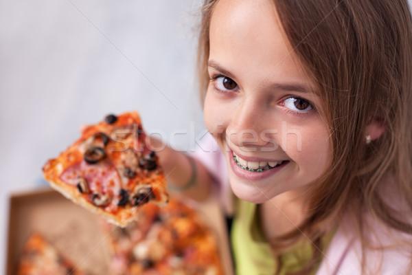 Genç genç kız geniş gülümseme Stok fotoğraf © ilona75