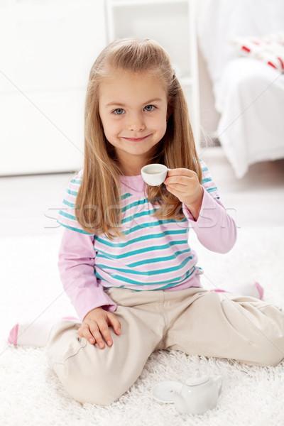 Stockfoto: Meisje · thee · mooie · beker · spelen · miniatuur