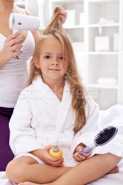 Haren bad meisje persoonlijke hygiëne activiteiten meisje Stockfoto © ilona75