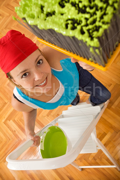 Сток-фото: счастливым · женщину · Живопись · потолок · большой · щетка