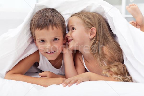 Magie Kindheit neue Familie Gesicht News Stock foto © ilona75