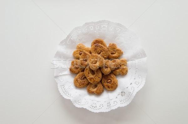 Tradycyjny cookie taca biały tle Zdjęcia stock © Imaagio