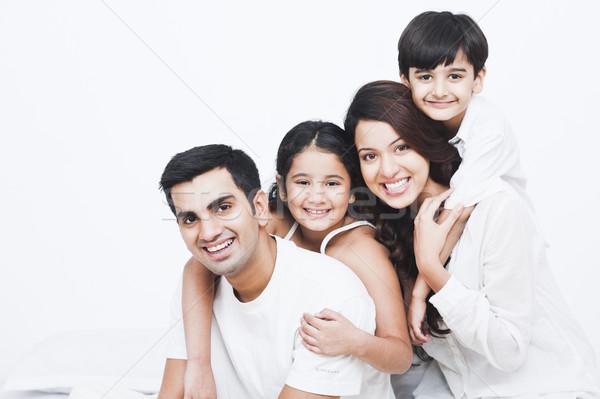 Photo stock: Portrait · famille · heureuse · lit · famille · mère · amusement