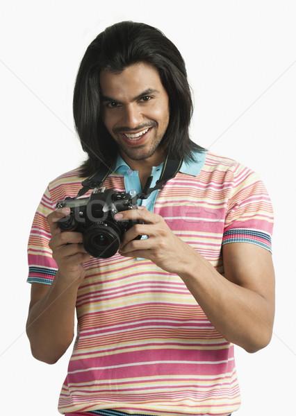 Fotoğrafçı dijital fotoğraf makinesi gülen adam moda fotoğrafçılık Stok fotoğraf © imagedb